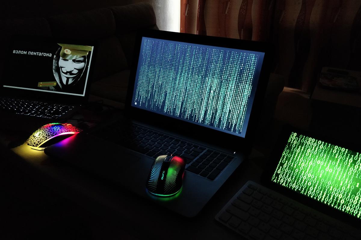 Студенты ИКНТ стали победителями олимпиады по неформальному программированию «Мартовские КИТы»